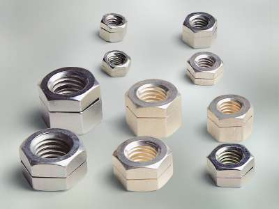 SNEP self-locking nuts